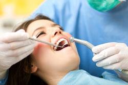 Современные методы лечения кариеса, которые предлагают специалисты стоматологии «Радуга» в Гатчине